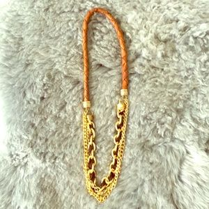 Jewelry - Leather and chain necklace
